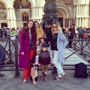Pozdrawiamy z Wenecji Najlepsza ekipa ever ! @viviolifashion @malistore.pl @pifpaf.in #wenecja #venezia #travel #kids #fashionkids #fashion #babyboy #babygirl #cutekidsclub #little #kidsfashion #travel #blogger #model