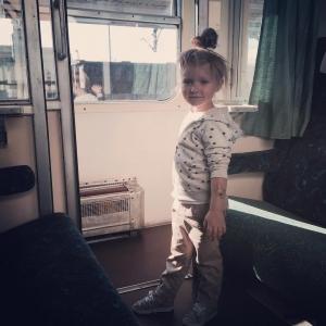 Juz w Warszawie Pozdro z pociagu! #kids #babygirl #fashionkids #blogger #model #instakids #instapic #instagram_kids #ig_beautiful_kids #ilovekidz #mylove #warsaw #instagood