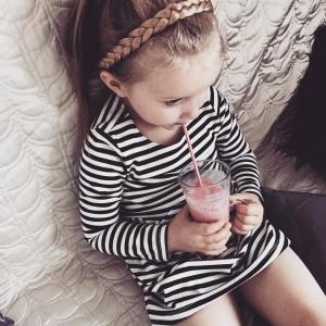W taką pogodę tylko koktajl może poprawić nastrój #kids #fashion #fashionkids #style #blogger #fashionblogger #babygirl #warsaw #fashionkid #cutekidsclub #sweets #mylove #kidsstyle #hm #home #kidzootd #kidsootd #lilylife