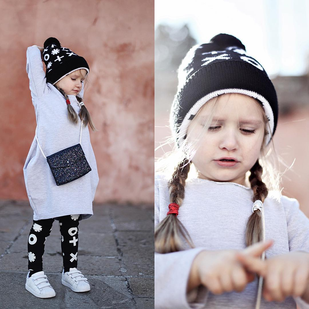 W poniedziałek.... @lilylilylife for @kolkoikrzyzyk ❤️❤️❤️ // ➡️outfit @kolkoikrzyzyk @adidas_pl @zara⬅️ #kids #fashionkids #postmyfashionkid #polishgirl #fashionista #fashionblogger #fashionkidsootd #kidsstyle #kidzfashion #kidzfashionbabies #ootd #kidsootd #fashionkids_worldwide #fashionkidsbrasil #mylove #blogger #model #photoshoot #kidslookbook #trendykiddies #cutekidsclub #kidsdesign #kidsclothes #kidstagram #instakids #followme