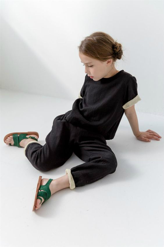 Pierrot Tee. Black, Kids. Clothing. Style. Girls. Little babies. GAP / WWW. SHANANDTOAD.COM